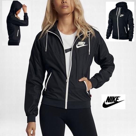 5aaebf246 NIKE Women's Sportswear Original Windrunner Jacket NWT